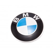 Эмблема на капот BMW оригинальная 51148132375. Диаметр эмблемы 82 мм. Made in Germany.