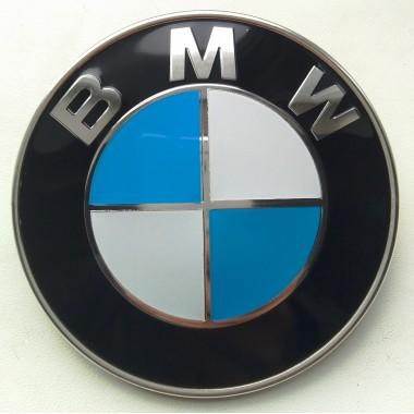 Эмблема на капот BMW 51148132375. Диаметр эмблемы 82 мм - НЕОРИГИНАЛ
